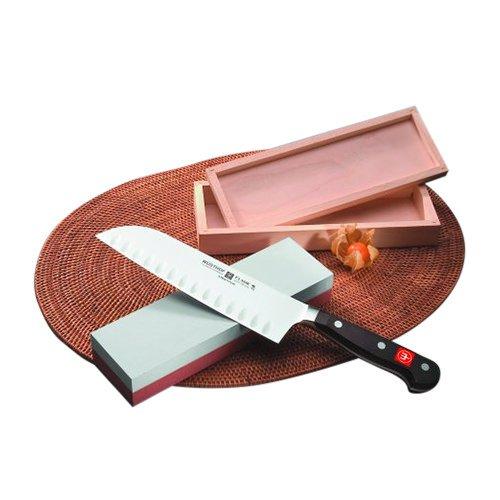 Wusthof Classic Granton Santoku Knife 17cm