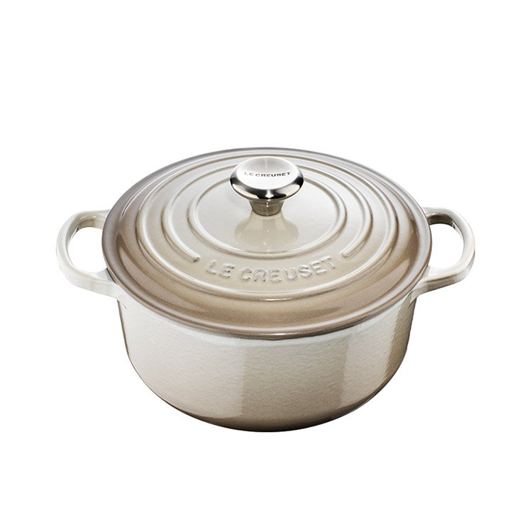 Le Creuset Signature Round French Oven 24cm - 4.2L Nutmeg