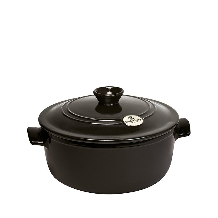 emile henry flame round casserole 26cm charcoal fast shipping. Black Bedroom Furniture Sets. Home Design Ideas
