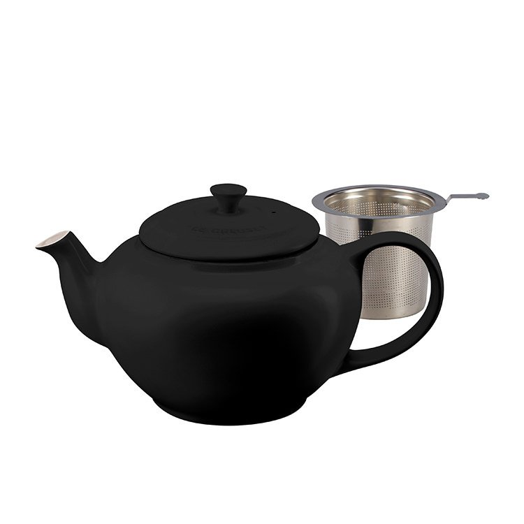 Le Creuset Classic Teapot w/ Stainless Steel Infuser 1.3L Satin Black