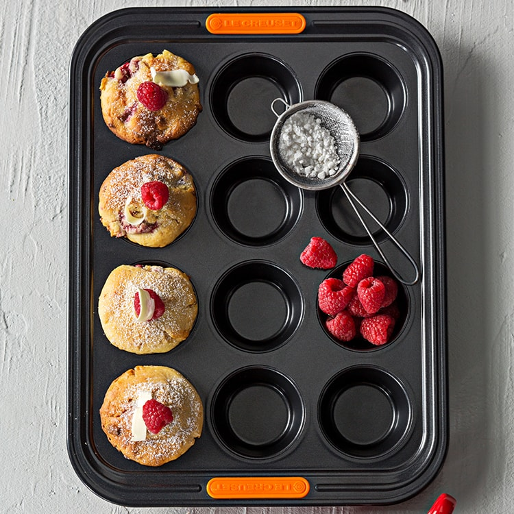 Le Creuset Toughened Non-Stick Muffin Tray 12 Cup