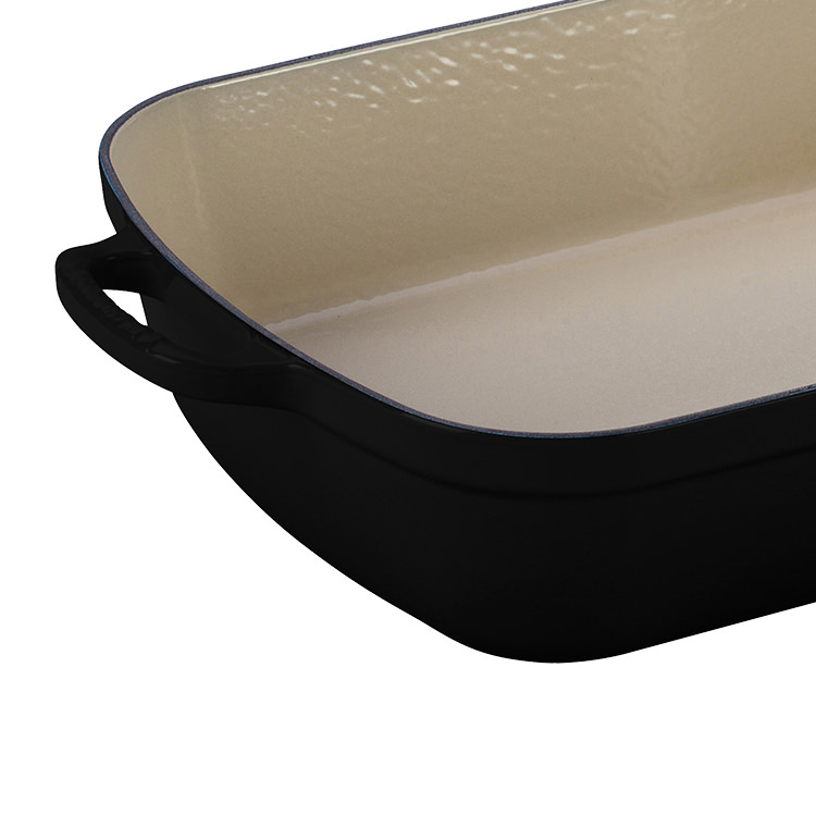 Le Creuset Signature Cast Iron Roaster 33cm Satin Black