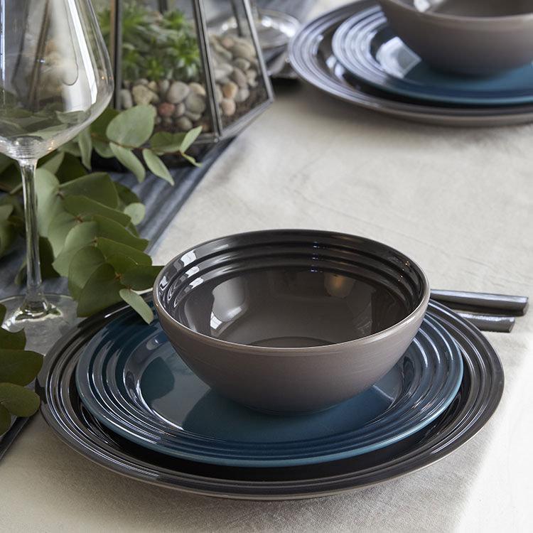 Le Creuset Stoneware Dinner Plate 27cm Set of 4 Flint image #4
