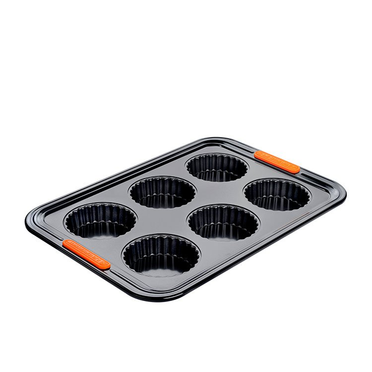 Le Creuset Toughened Non-Stick Fluted Tart Tray 6 Cup