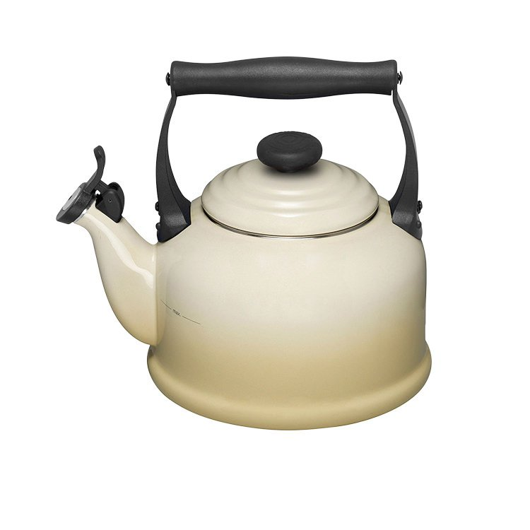 Le Creuset Traditional Kettle 2.1L Dune