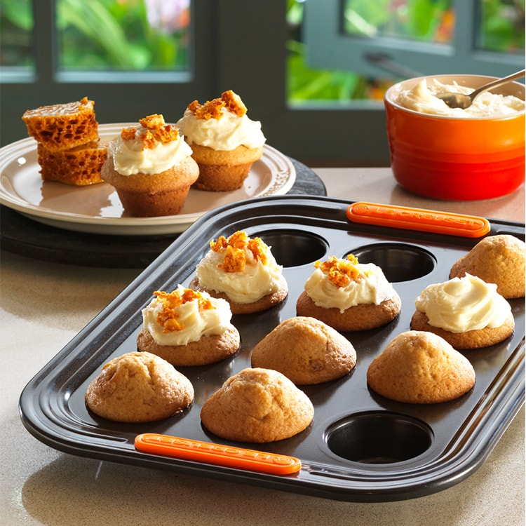 Le Creuset Toughened Non-Stick Mini Muffin Tray 12 Cup