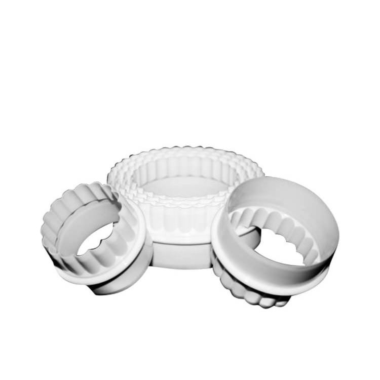 Loyal Plain/Scalloped Round Plastic Cookie Cutters Set of 6