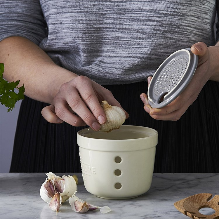 Mason Cash Innovative Kitchen Garlic Store