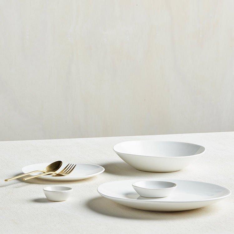 View All Robert Gordon · Dinner Plates & Robert Gordon Mason Gloss Dinner Plate 28cm White - Fast Shipping