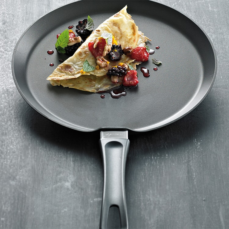 Scanpan Classic Crepe Pan 25cm