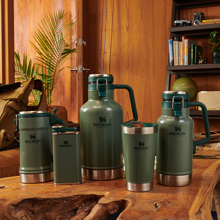 Stanley Classic Easy Pour Beer Growler 1.9L Hammertone Green