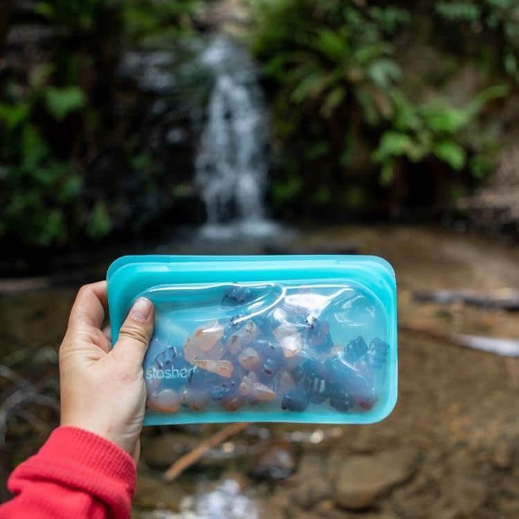 Stasher Reusable Snack Bag 11.5x19cm Aqua image #5