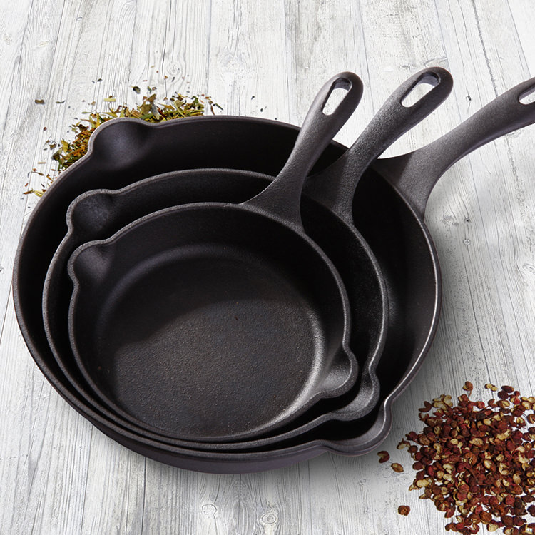 Victoria seasoned cast iron skillets